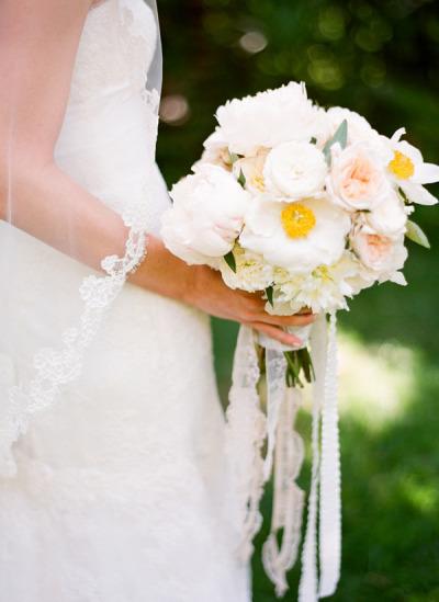 bouquet-mariee-dentelle